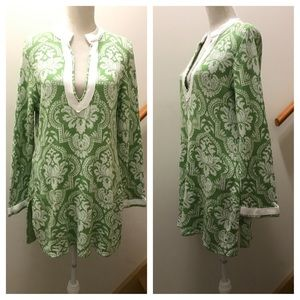 SIS BOOM long tunic style sweater. Size Med